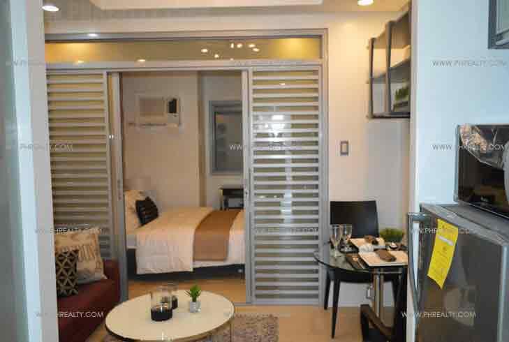 Bedroom & Living