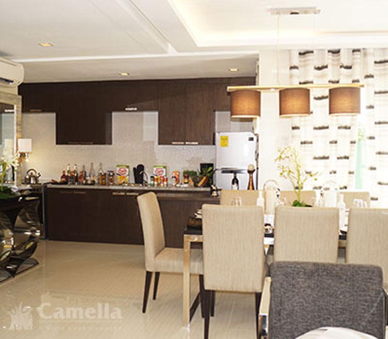 Dining & Kitchen Room