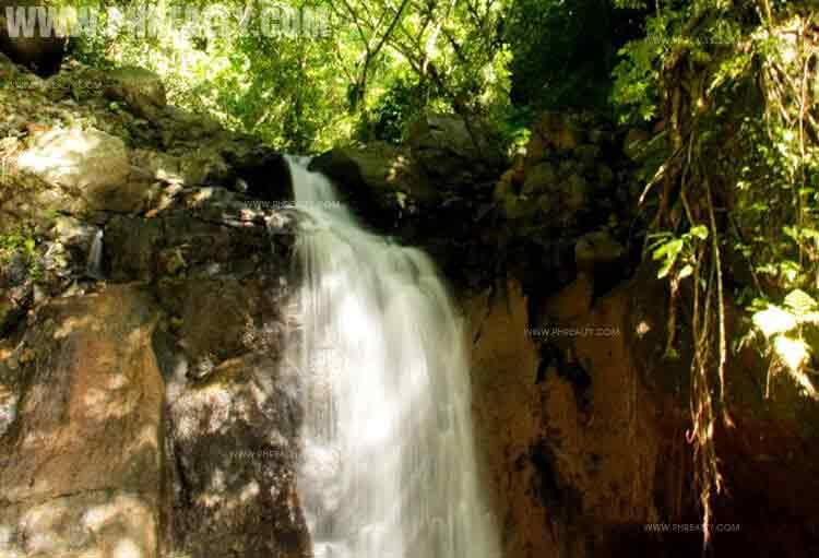Falls Matang Tubig