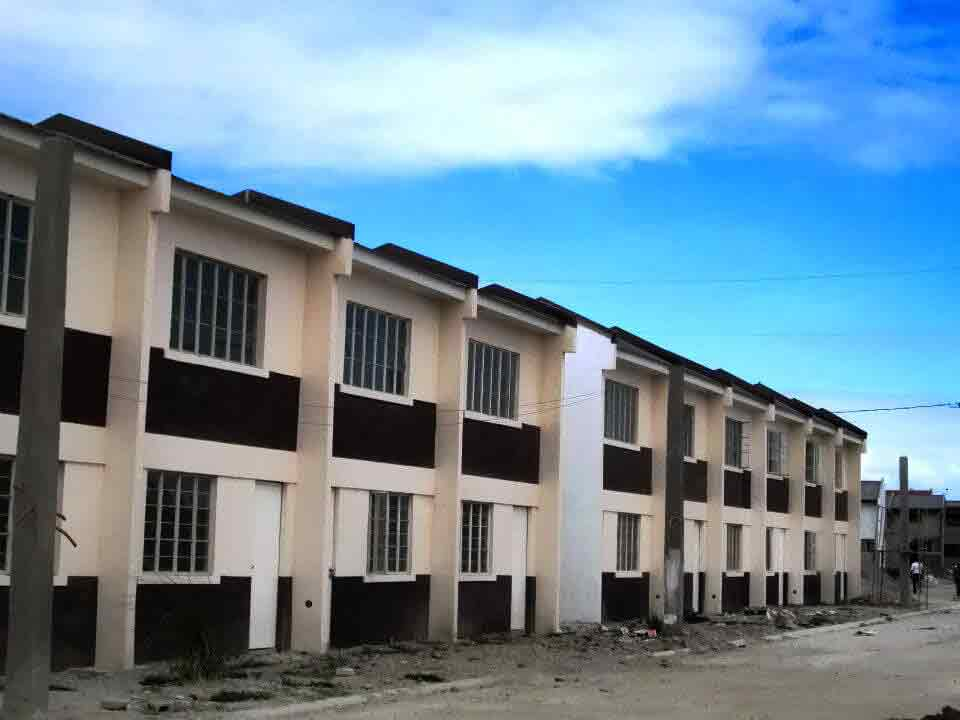 Green mark homes townhouse for sale in cavite price for Greenpark villas 2 malagasang