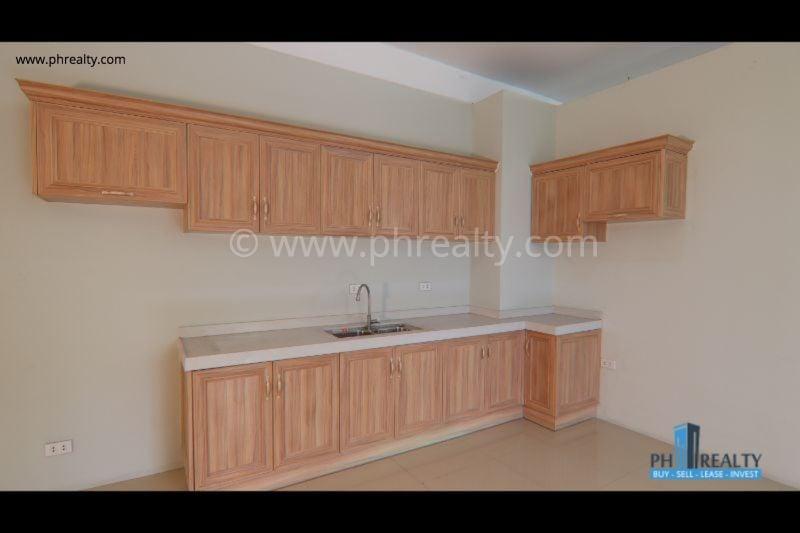 3 BR - Kitchen