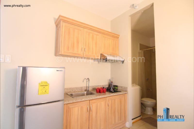1 BR - Kitchen