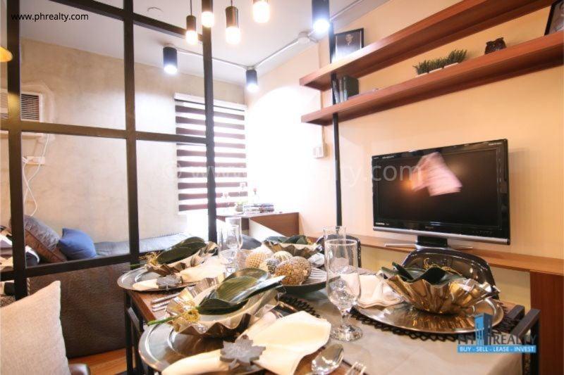 Dining Area - Studio Unit