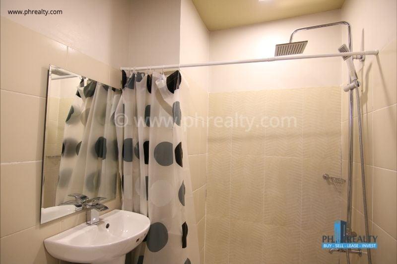 2 BR - Bathroom