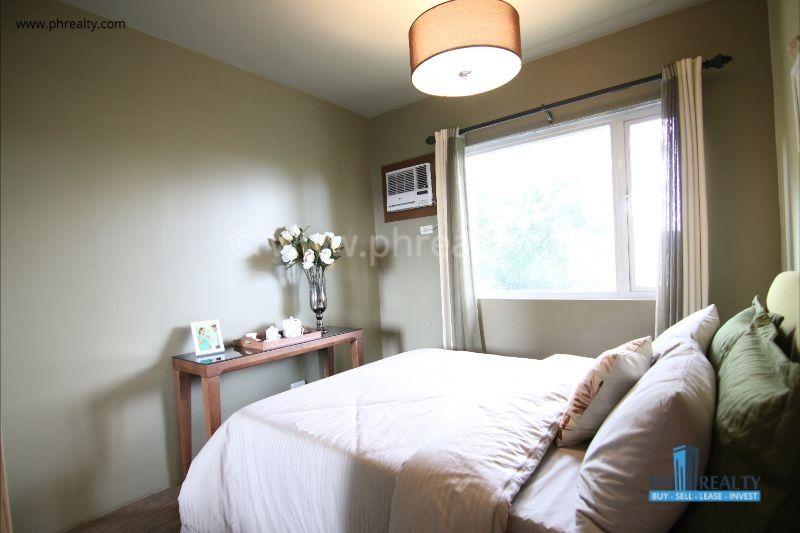 1 BR - Bedroom