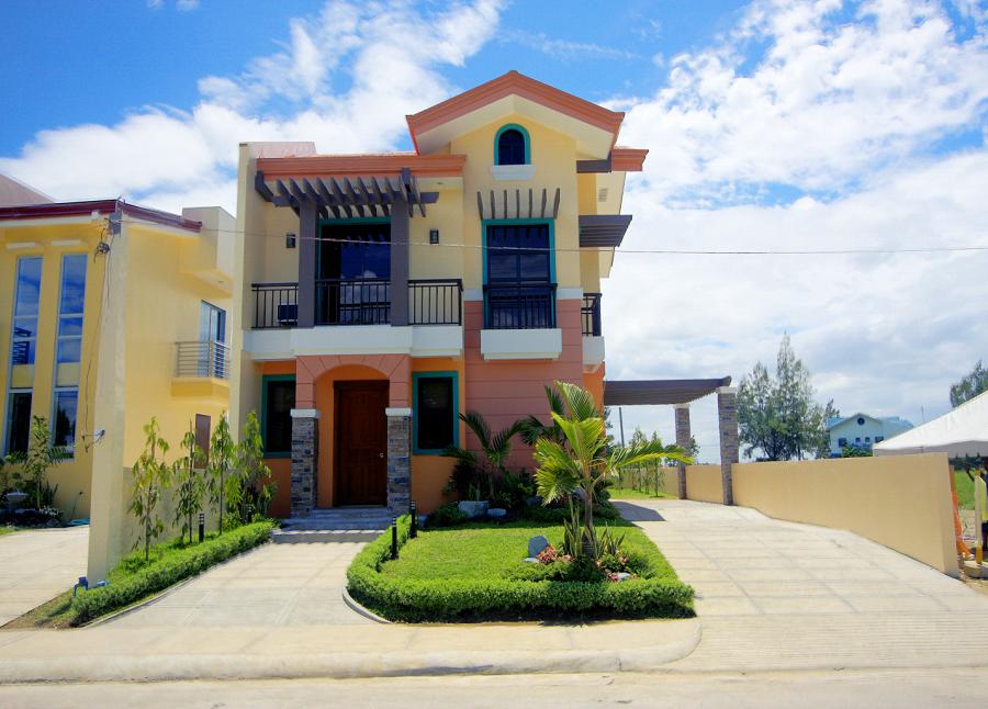 Mirasol Model House