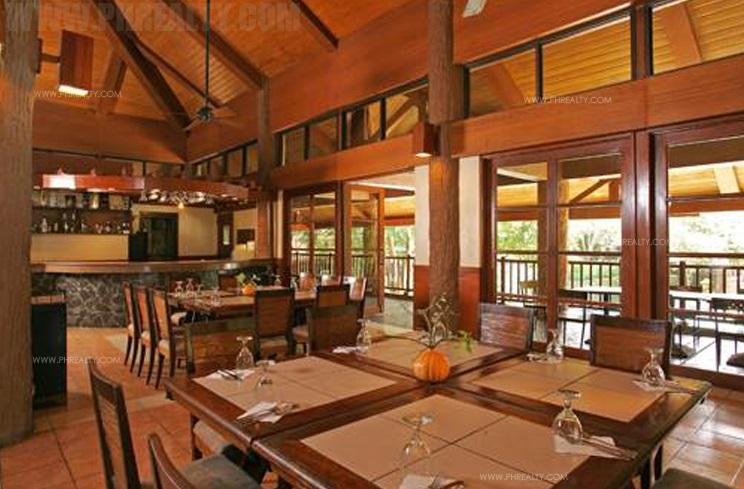 Pavilion Dining