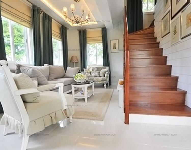 Hallway to Second Floor