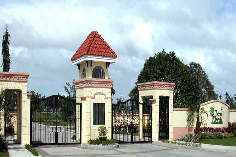 Tierra Verde House Lot For Sale Live Chat 24x7 Price List