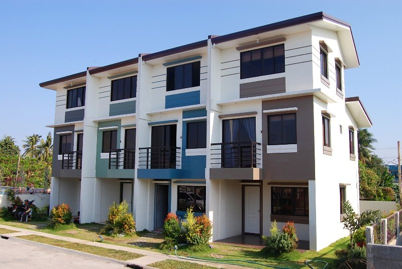 Jade residences townhouse for sale in cavite price for Greenpark villas 2 malagasang