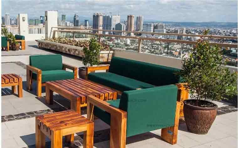 Sky Deck Lounge